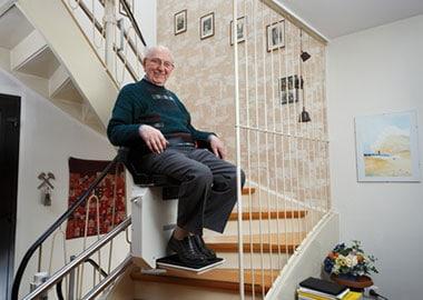 Alles over het kopen van een traplift for Hoeveel kost een nieuwe trap